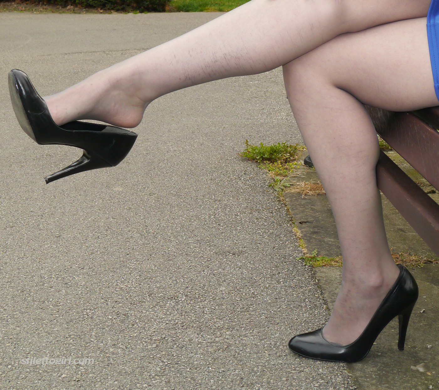 Stilettogirl Tricia set 1130 her heels for your fetish